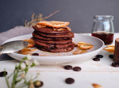 This recipe is the perfect example of how healthy pancakes can be just as good as conventional sugar-laden pancakes. These can be made in minutes and the buckwheat ensures each pancake turns out perfectly - no more broken pancakes when you flip them! Runner Beans, Chocolate Chip Pancakes, Buckwheat, Breakfast, Healthy, Recipes, Food, Meal, Rezepte