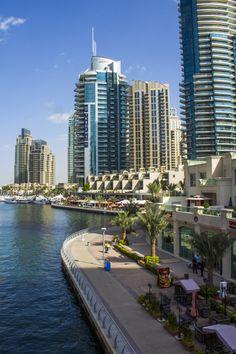 The ultra modern #Dubai Marina and a romantic dinner cruise down the creek on GlobalGirlTravels.com. #travel