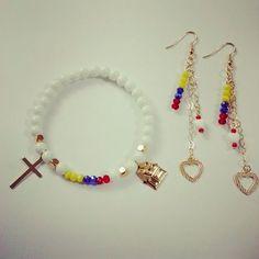 Blog de bisutería ecológica Kids Jewelry, Jewelry Sets, Women Jewelry, Beaded Jewelry, Handmade Jewelry, Beaded Bracelets, Bracelet Making, Jewelry Making, Pride Bracelet
