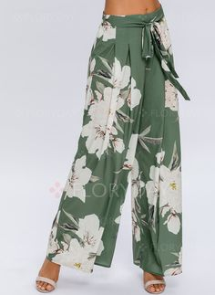 Shop Floryday for affordable Loose Pants & Leggings. Floryday offers latest ladies' Loose Pants & Leggings collections to fit every occasion. Legging Outfits, Leggings Fashion, Fashion Pants, Fashion Outfits, Fashion Trends, Women's Fashion, Fashion Online, Fashion Styles, Fashion Websites
