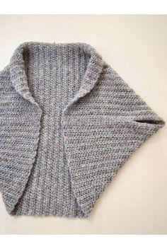 The shrug blog! Eenvoudig, hip en heerlijk om te haken! Voor beginnende hakers en hippe hakers. Haak zelf dit warme kledingstuk met DROPS air.