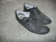 Storia di un paio di scarpe http://www.liberidiesserefree.com/storia-di-un-paio-di-scarpe/
