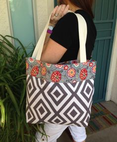 Reversible tote bag Large tote travel tote beach by SweetMagnoleah, $25.00