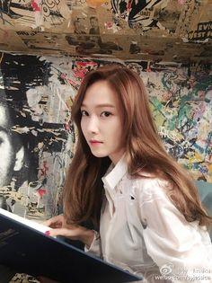 [WEIBO] Sy__Jessica: 我今天应该吃什么呢?