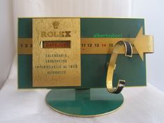 http://www.relojes-especiales.com/foros/rolex/expositores-vintage-190856/