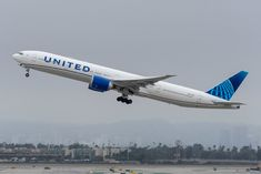 San Jose Airport, Domestic Airlines, Boeing 777, Kids Running, United Airlines, Wide Body, Airplanes, Vehicle, Aircraft
