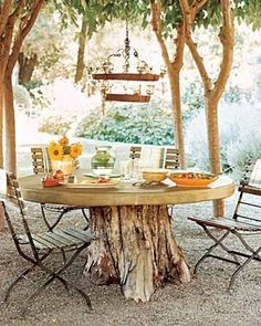 Budget Friendly Outdoor Upgrades CAN'T GET RID OF that UGGGLY STUMP? PERFECT SOLUTION!!
