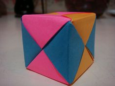 Origami Maniacs: Cubes