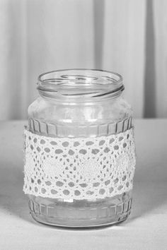 eskuvoi-gyertyatarto-03 Mason Jars, Candle Holders, Candles, Vintage, Mason Jar, Porta Velas, Candy, Vintage Comics, Candle Sticks