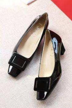 Roger Vivier Belle Vivier Patent Leather 45mm Pump Black Top Shoes, Me Too Shoes, Shoes Sandals, Flats, Work Heels, Roger Vivier Shoes, Mocassins, Clothes Horse, Loafers For Women