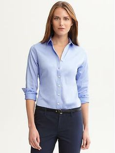 Banana Republic Petite Non Iron Fitted Sateen Shirt - Blue crystal by kantithad Tailored Shirts, Professional Dresses, Petite Tops, Work Looks, Office Outfits, Work Outfits, Elegant Woman, Banana Republic, What To Wear