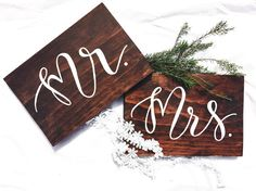 Mr and Mrs wedding sign. Wedding Sign. by willowandinkdesign