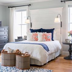 """195 Likes, 7 Comments - New South Home (@newsouthhome) on Instagram: """"Check out this gorgeous room from @the_real_houses_of_ig -love this cozy cottage look. And the best…"""""""
