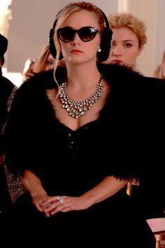 """"""" just so you know I took all your clothes"""" Scream Queens Quotes, Scream Queens Fashion, Best New Shows, Funeral Outfit, Billie Lourd, Queen Aesthetic, Queen Outfit, Fashion Tv, Chanel"""