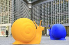 Italy, Milan, piazza Citta di Lombardia, Palazzo Lombardia designed by Pei Cobb Freed & Partners Architects, Cracking Art Group © Ludovic MAISANT
