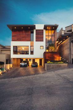 Residencia R53 : Casas minimalistas de Imativa Arquitectoshttps://www.homify.com.mx/libros_de_ideas/28008/madera-piedra-cristal-moderna-y-espectacular #casasminimalistasideas