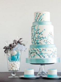 Aqua (or turquoise, teal or Tiffany blue) and black and white wedding cake