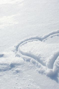 Snowy heart...picture on a canvas!