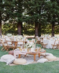 20 Unique Reception Seating Ideas That Will Surprise and Delight Your Guests - Wedding Reception Ideas Wedding Reception Seating, Seating Chart Wedding, Reception Table, Reception Ideas, Wedding Lounge, Wedding Tables, Seating Charts, Wedding Receptions, Reception Decorations