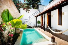 piscina de obra en patio
