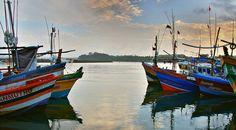 Harbor, Mirissa, Southern Province, Sri Lanka (www.secretlanka.com)