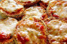 חטיפי חצילים ברוטב עגבניות ופרמז'ן