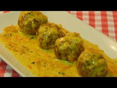 easy recipe for meatballs in curry sauce Salsa Curry, Curry Sauce, Tasty, Yummy Food, Meatball Recipes, Easy Meals, Ethnic Recipes, Youtube, Cooking Recipes
