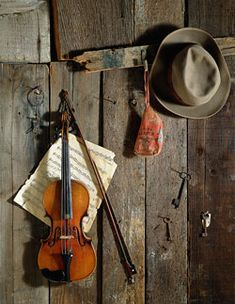 I could seriously listen to fiddle music every day for the rest of my life<3