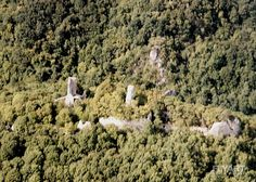 Castle Ruins - Dobra Voda Dobra Voda, Dobrovodský hrad, 1263 Jokw, 1316 Joku, 1394 Bona Aqua, 1436 Dobra Woda, Hung. Jókő, Ger. Guttenstein  Place: Dobrá Voda, County: Trnava, Region: Trnava, Historic region: Nitra