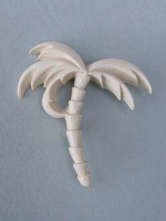 Vintage palm tree brooch