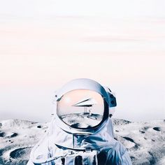 Luisa Azevedo ( // My favorite kind of spaceship Popular Photography, Conceptual Photography, Abstract Photography, Photography Portfolio, Creative Photography, Amazing Photography, Still Life Photography, Night Photography, Video Photography