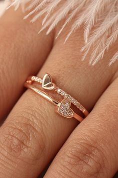 Cute Simple Double Crystal Heart Ring Fashion Jewelry for Women for Teen Girls . Cute Simple Double Crystal Heart Ring Fashion Jewelry for Women for Teen Girls – lindos anillos Simple Jewelry, Cute Jewelry, Jewelry Accessories, Jewelry Design, Heart Jewelry, Simple Rings, Jewelry Rings, Jewelry Holder, Unique Rings