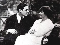 Ernest Hemingway and Hadley Richardson.....they were so in love