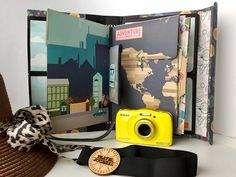 Travel book diy tutorials mini albums ideas for 2019 Road Trip Packing, Packing List For Travel, Road Trip Usa, Mini Scrapbook Albums, Diy Scrapbook, Scrapbooking Ideas, Mini Album Tutorial, Diy Tutorial, Girl Nursery Colors
