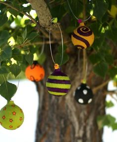 DIY Halloween : DIY Make Colorful Halloween Ornaments DIY Halloween Decor