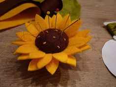 Sunflower pin cushion tutorial