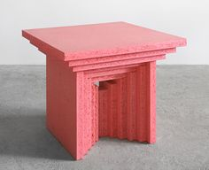 Design Miami Basel 2016 - candy pink furniture by Architecten De Vylder Vinck Taillieu for Maniera gallery in Brussels. Pink Furniture, Table Furniture, Furniture Design, Art Deco Furniture, Cafe Interior, Interior Design, Design Industrial, Pink Design, Pink Candy