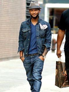 Usher wearing Navy Denim Jacket, Blue V-neck T-shirt, Navy Jeans, Grey Wool Hat Sharp Dressed Man, Well Dressed Men, T Shirt And Jeans, Denim Jeans, Navy Jeans, Stylish Men, Men Casual, Denim Fashion, Fashion Outfits