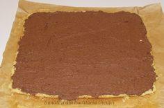 Tort Buturuga - Bunătăți din bucătăria Gicuței Tiramisu, Ethnic Recipes, Desserts, Tailgate Desserts, Deserts, Postres, Dessert, Tiramisu Cake, Plated Desserts