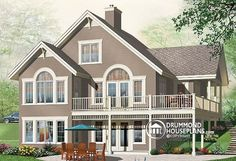 Walkout basement ranch homes and basements on pinterest for Vacation home plans with walkout basement