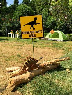 Dinosaurs Birthday Party Ideas | Photo 2 of 25