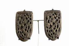 Shoulder brooch  Brass 900 - 1000 AD Iceland 1 of 2