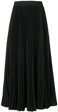 Style: Dressing Up & Down Floral Skirts – Best Fashion Advice of All Time Black Pleated Midi Skirt, H&m Shorts, The Girl Who, Msgm, Going Out, Women Wear, My Style, Classic, How To Wear