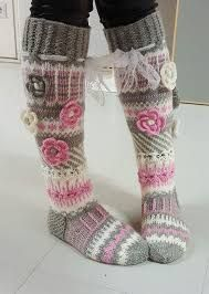 Long wool women ladies socks, Anelmaiset socks, warm winter knitted over the knee socks, striped, colourful knee length / high socks prefer without extra roses. Thigh High Boots Heels, Thigh High Socks, Knee Socks, Heel Boots, Thigh Highs, Crochet Slippers, Knit Crochet, Cosy Outfit, Knit Boots