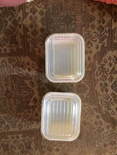 Pair of Vintage Pyrex 501 B Yellow Refrigerator Dishes & Lids #501 C 1-1/2 cup #Pyrex