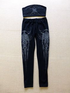 LIP SERVICE Millennium Moon boob top & leggings - black/reflective, top size XL, leggings size L