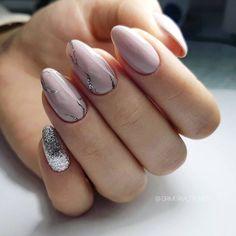 Nail.poisk Оцените, пожалуйста, маникюр от 1 до 10! Девочки, не забывайте ставить лайк и подписаться @nail.poisk простые дизайны маникюра.…