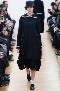 Comme Des Garcons Ready-to-Wear Fall 2015