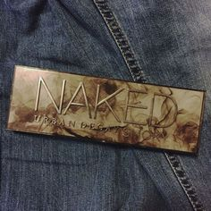 This one is my favourite of the Naked Palettes. It was my first and my most used :) #UrbanDecay #makeup #makeupaddict #makeuplover #naked #nakedpalette #nude #eyeshadow #eyeshadowpalette #classic #musthave #beauty #collection #glamour #glamourinthe6ix #beauty #denim #smoky #smokey #urbandecaycosmetics #nakedsmoky #nakedsmokey #smokeyeye #smokyeye #smoke #favorite #favourite #makeupstaple Nude Eyeshadow, Eyeshadow Palette, Naked Palette, Smoky Eye, Makeup Addict, Urban Decay, Glamour, Smoke, My Favorite Things