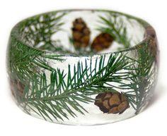 Kiefer-Kegel Armband  echte getrocknete Cedar von ModernFlowerChild
